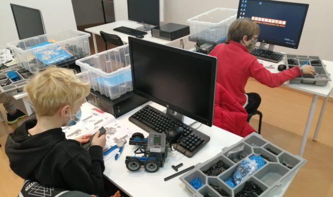 escuela tecnológica de navdad